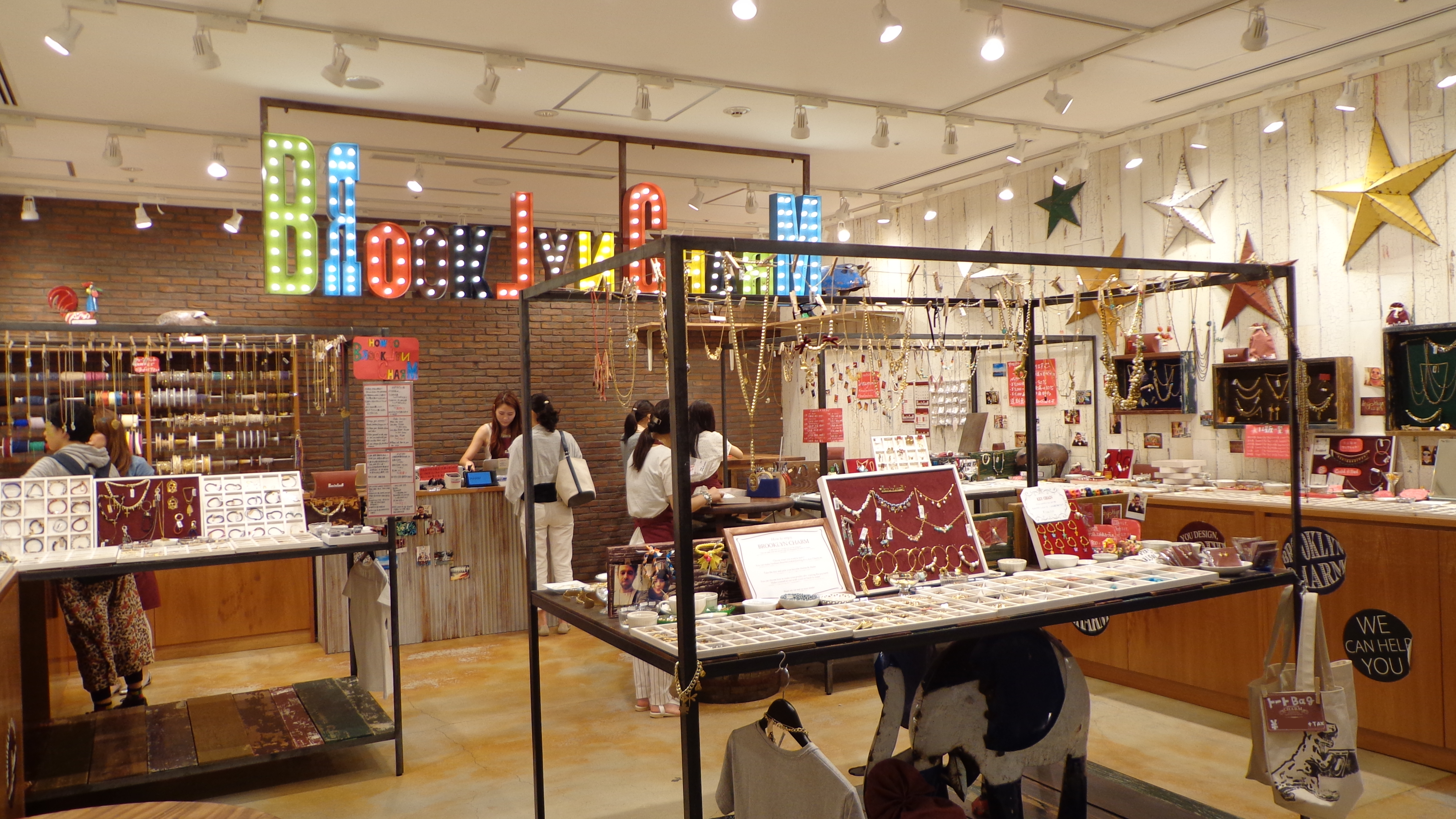 Brooklyn charm accessory shop in tokyo solamachi the for Accessoires shop